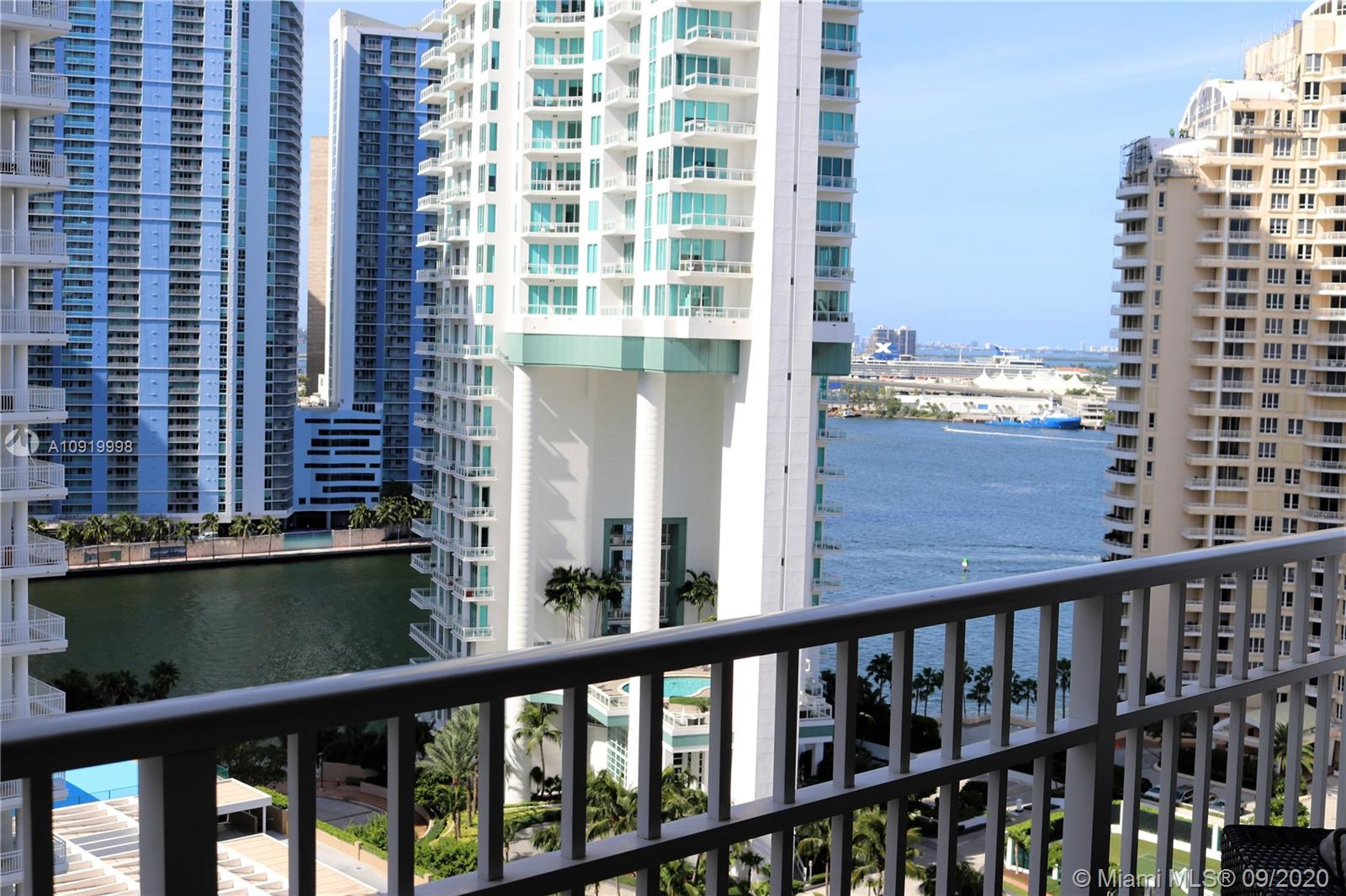 701 Brickell Key Blvd #2008 photo042