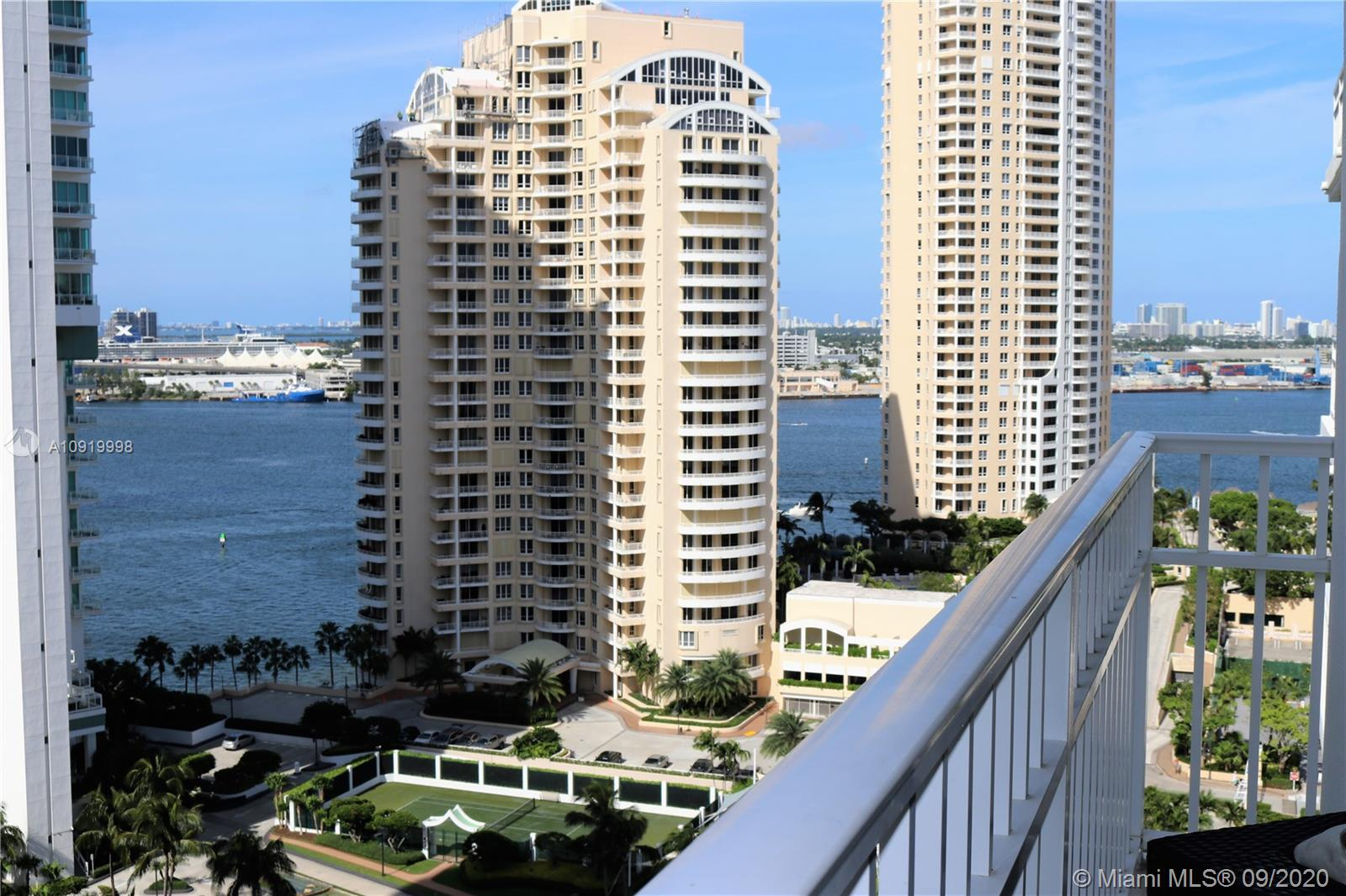 701 Brickell Key Blvd #2008 photo032