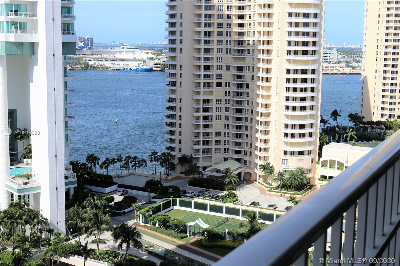 701 Brickell Key Blvd #2008 photo021
