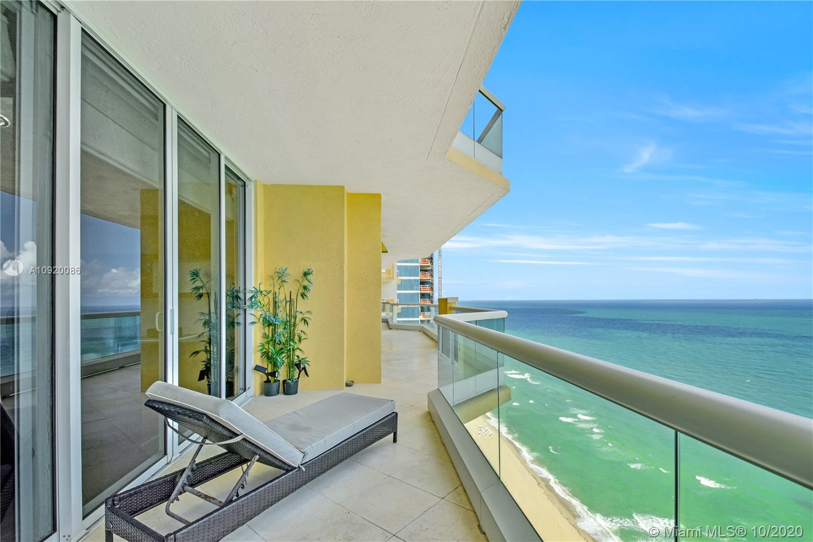 Photo of 17875 Collins Ave #4203 listing for Sale