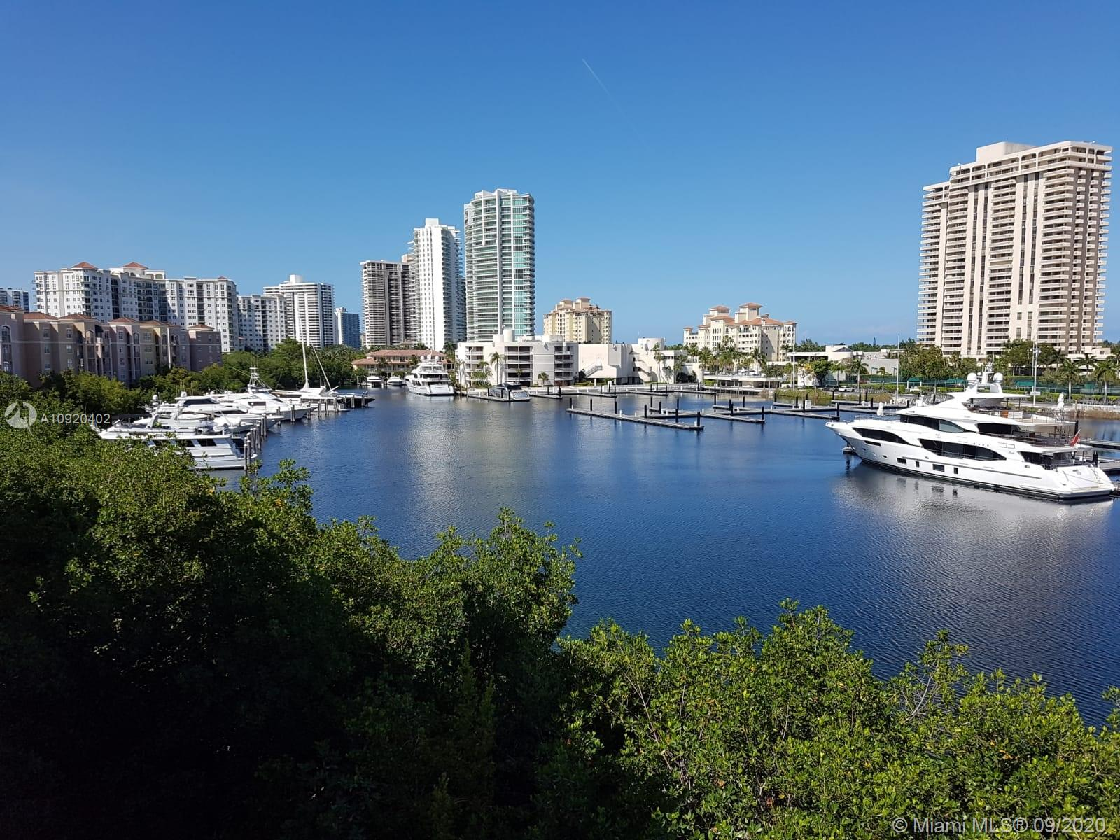 Yacht Club at Aventura #6506 photo20