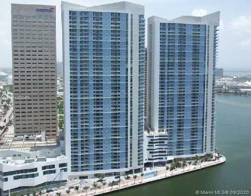 One Miami #521 photo03
