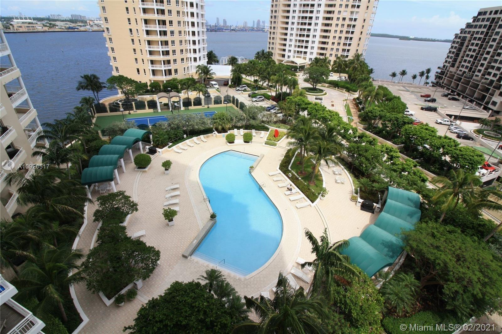 888 Brickell Key Dr #1203 photo016