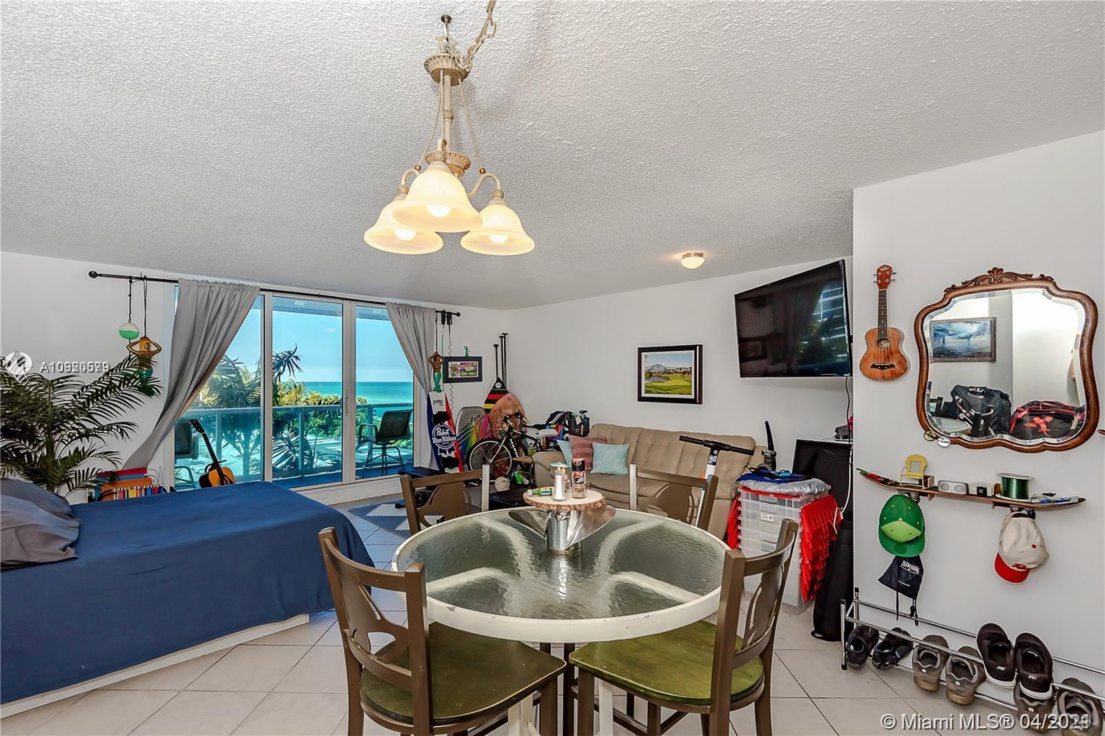 2301 Collins Ave #511 photo012
