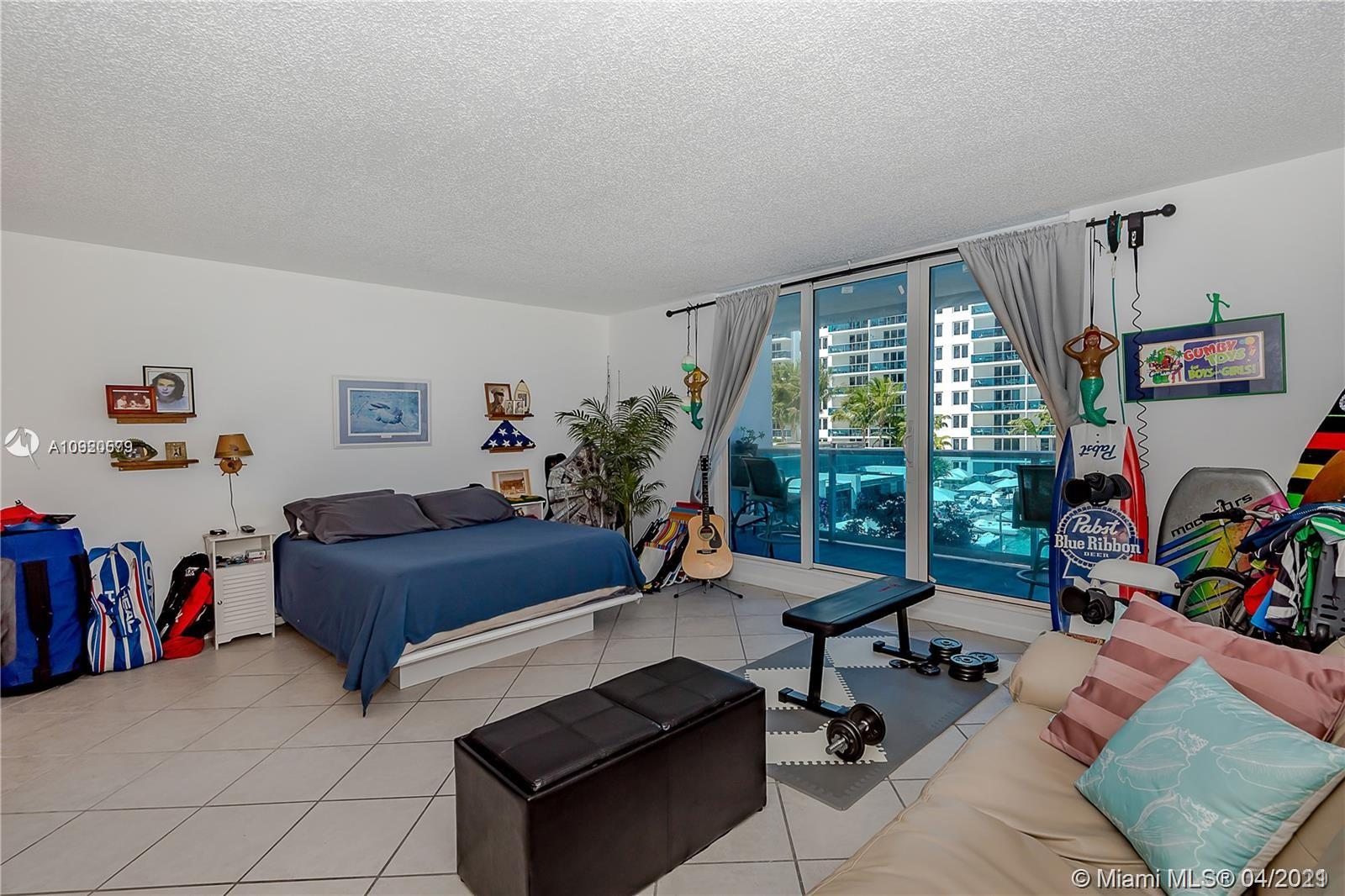 2301 Collins Ave #511 photo010