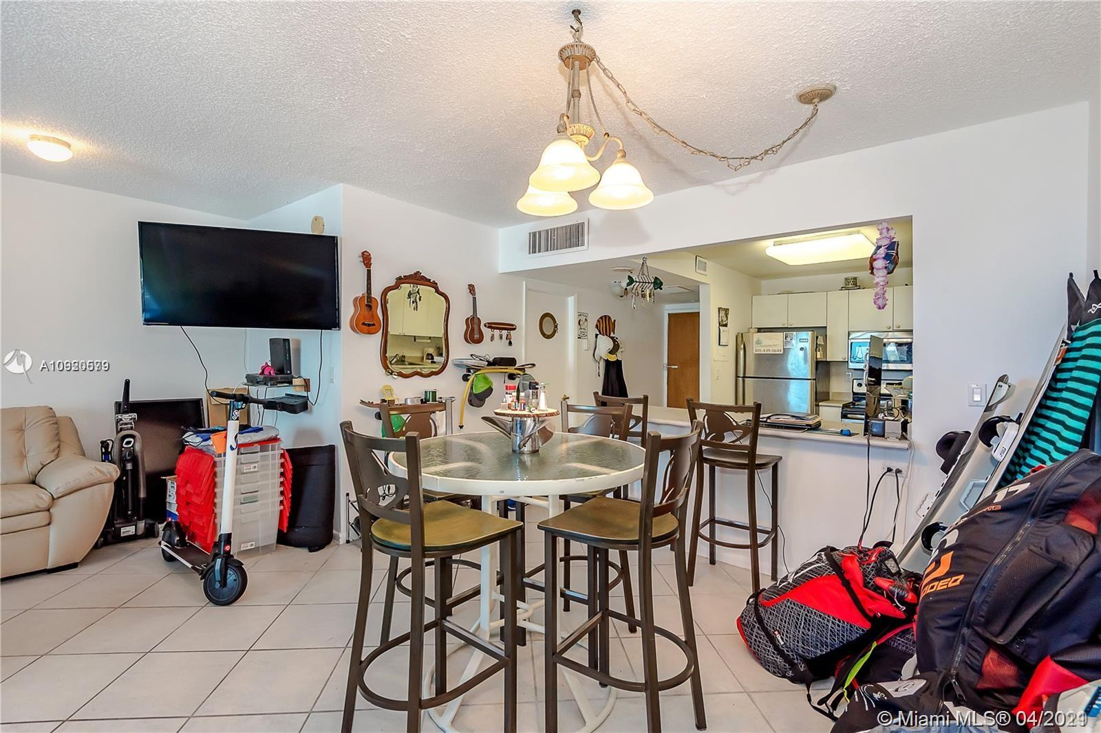 2301 Collins Ave #511 photo018