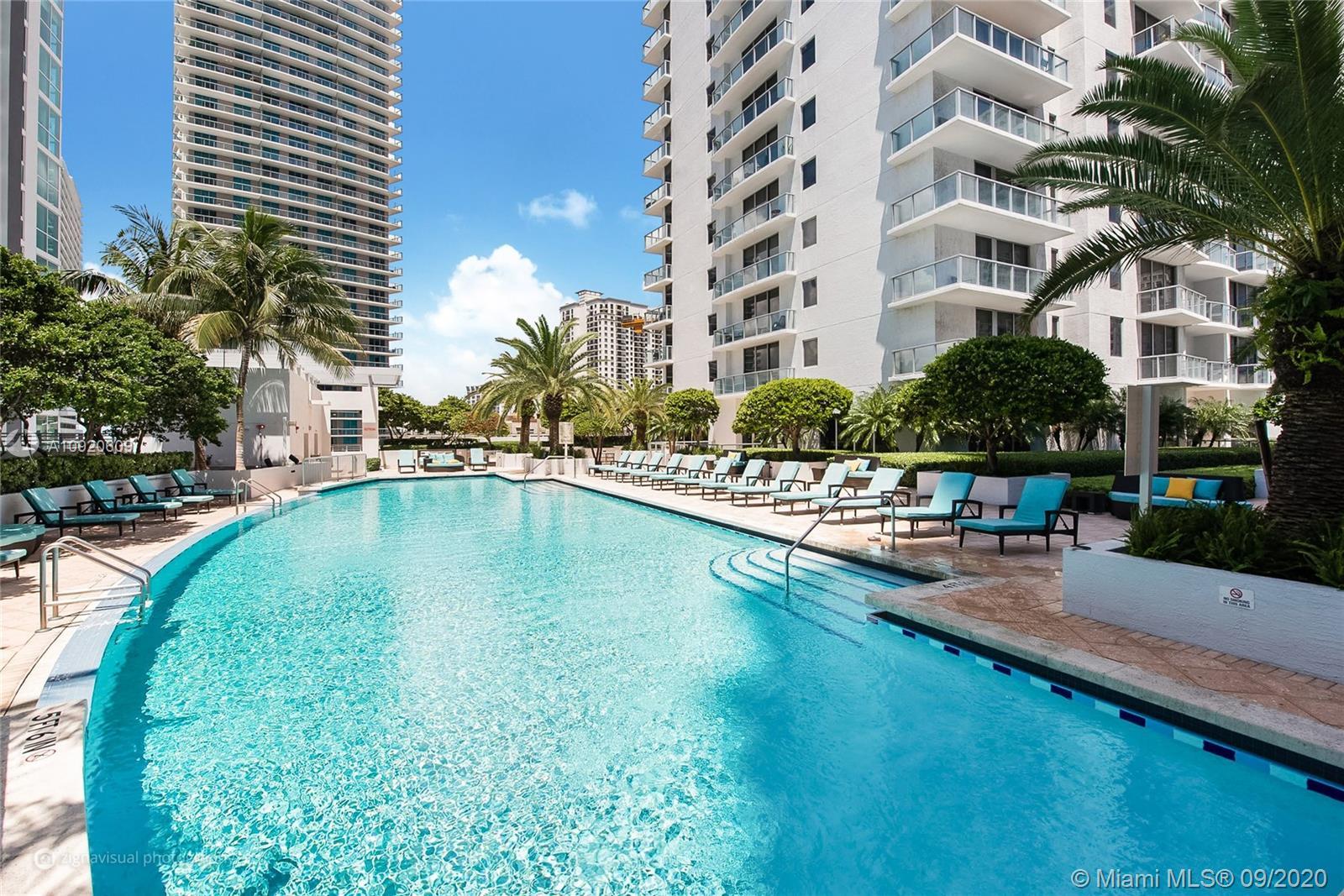 1060 Brickell East Tower #1002 - 1050 Brickell Ave #1002, Miami, FL 33131