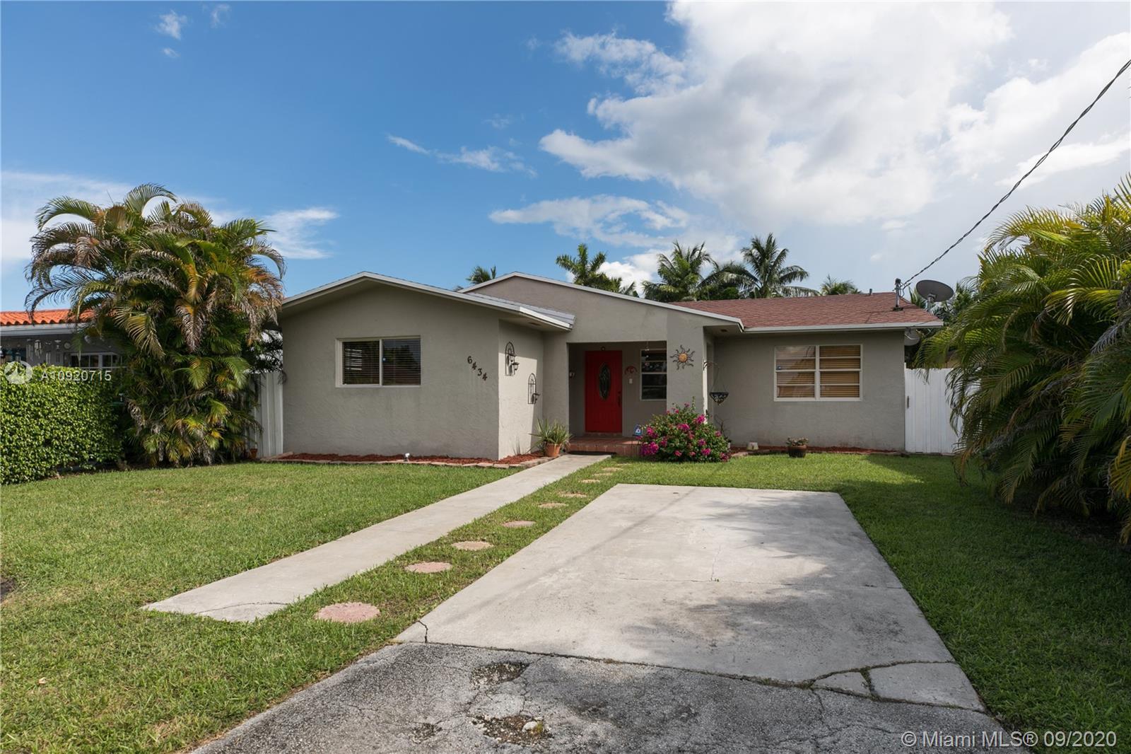 Coral Villas - 6434 SW 30th St, Miami, FL 33155