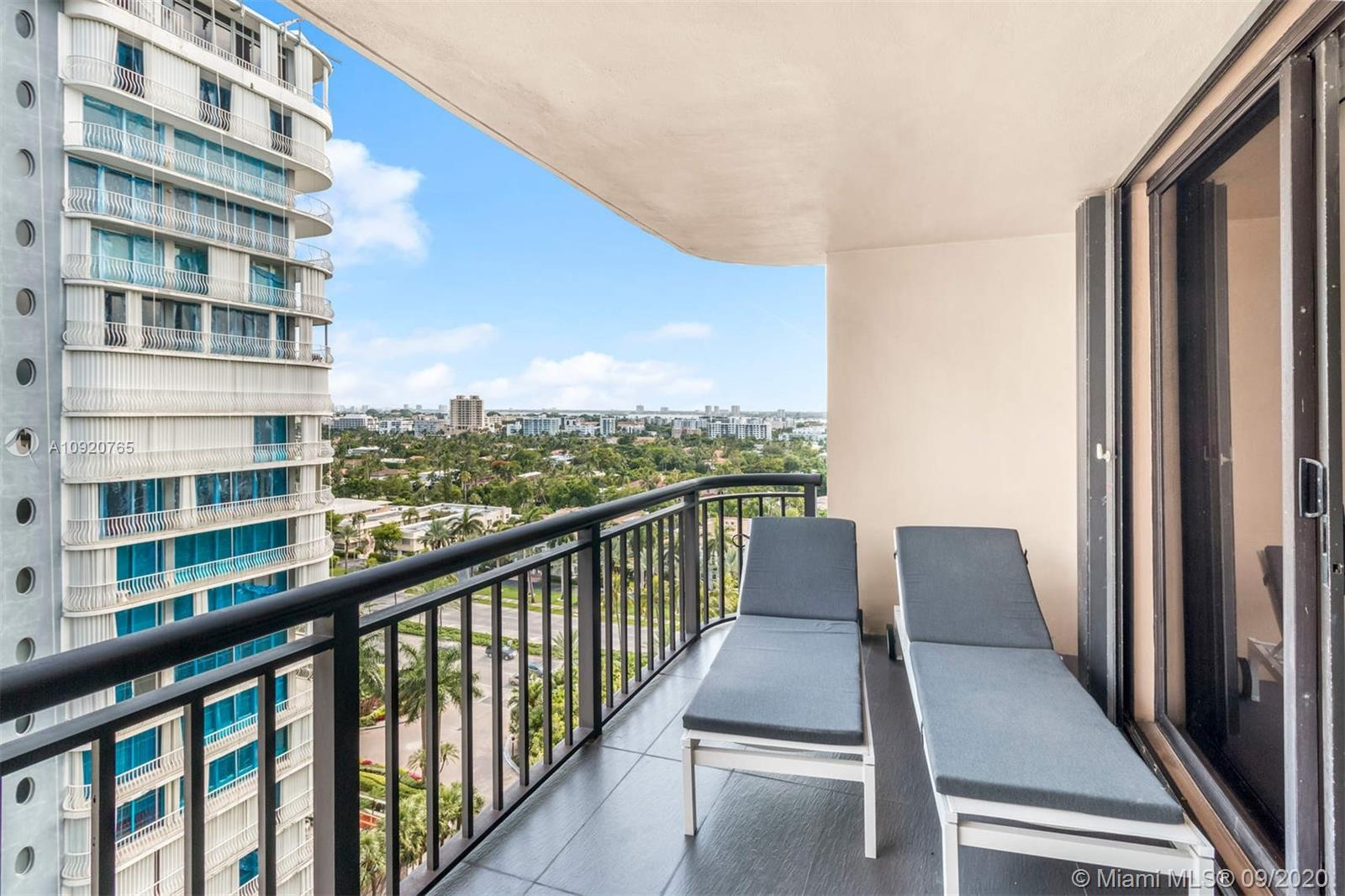 10175 Collins Ave #1208 photo017