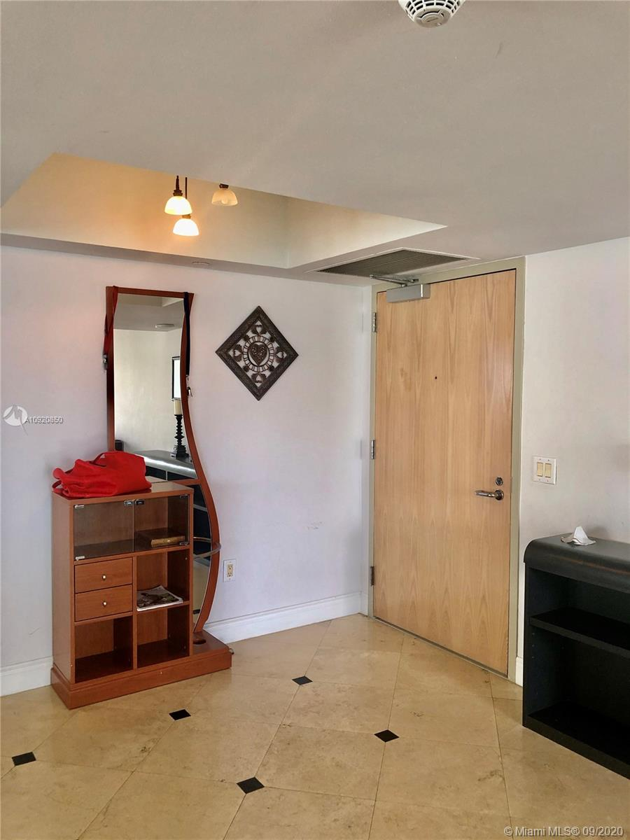 16445 Collins Ave #1624 photo012