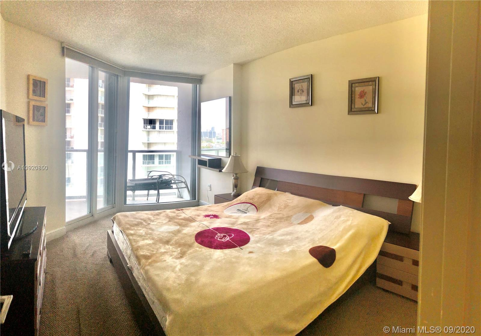 16445 Collins Ave #1624 photo038