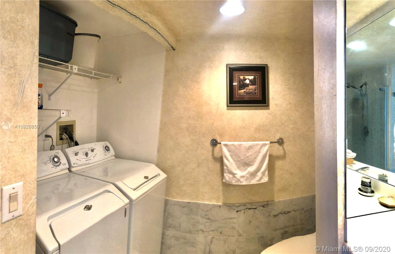 16445 Collins Ave #1624 photo033