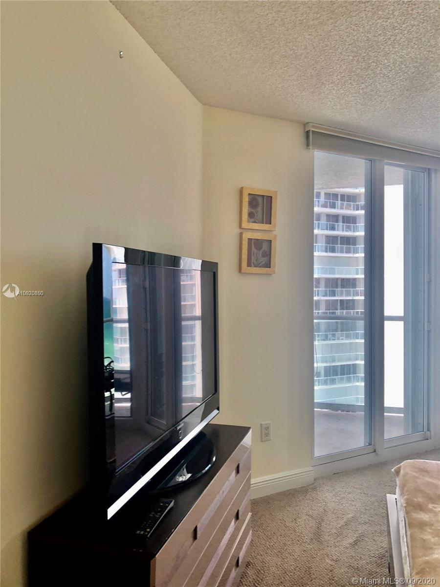 16445 Collins Ave #1624 photo041