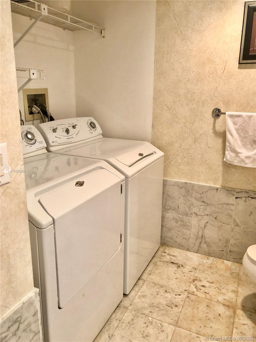 16445 Collins Ave #1624 photo037