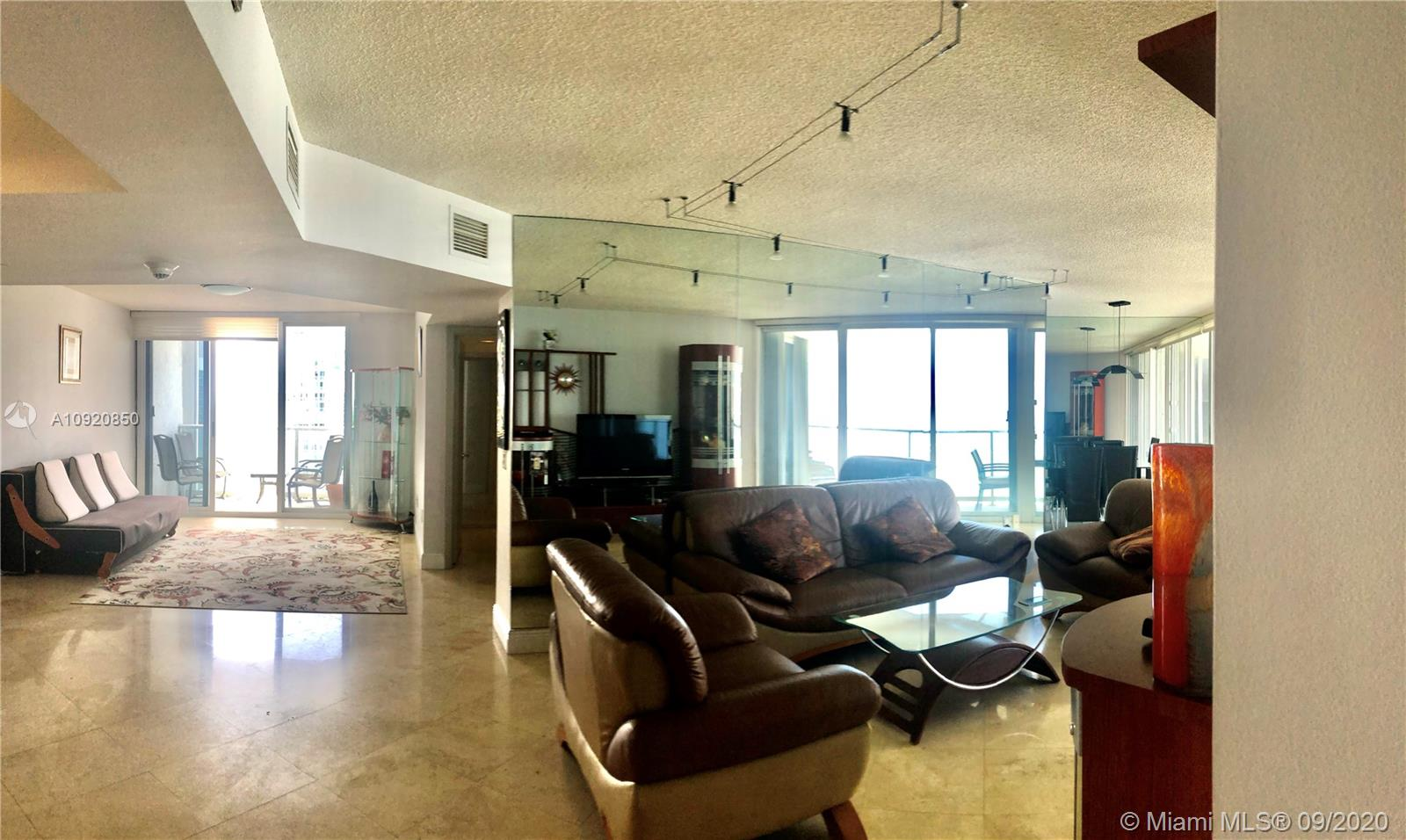 16445 Collins Ave #1624 photo04