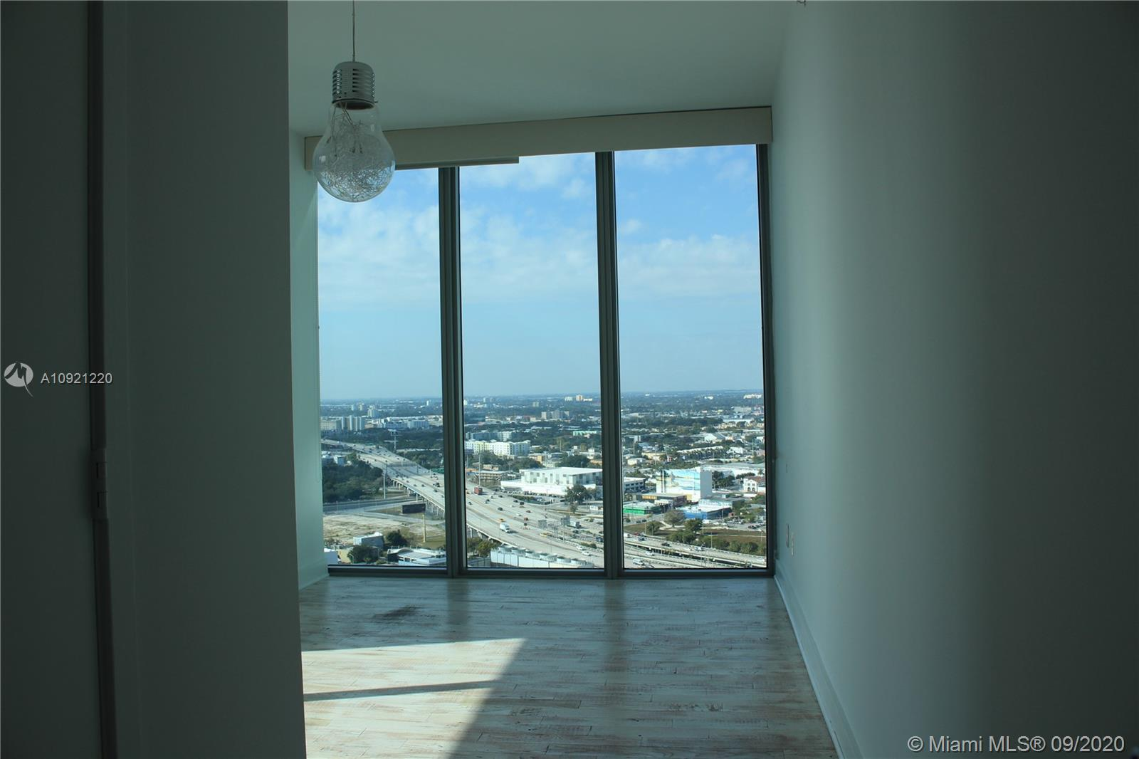 888 Biscayne Blvd #2912 photo028