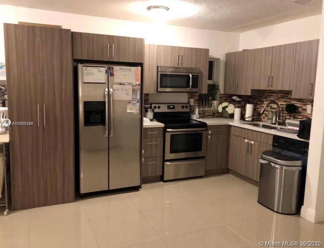 North Miami Beach - 1401 NE 153rd Ter, North Miami Beach, FL 33162