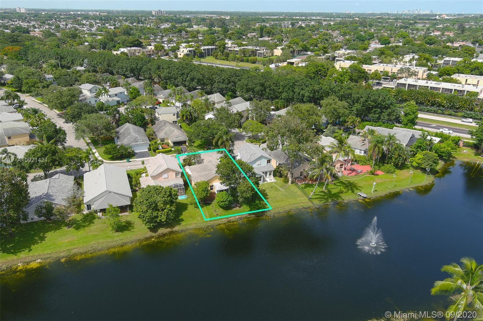 Forest Ridge - 8900 Woodside Ct, Davie, FL 33328