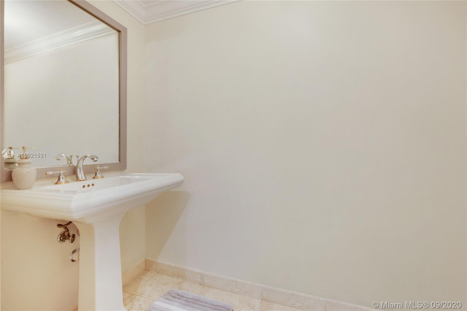 3400 SW 27th Ave #303 photo07