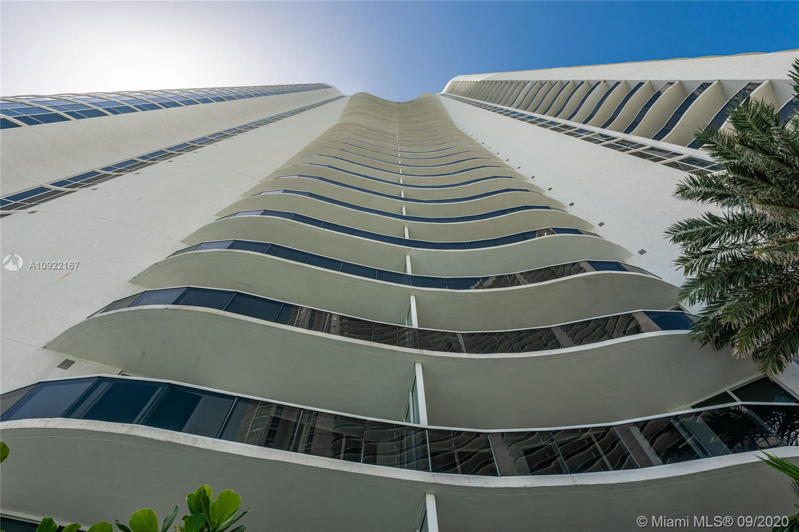 Photo of 15901 Collins Ave #3207 listing for Sale