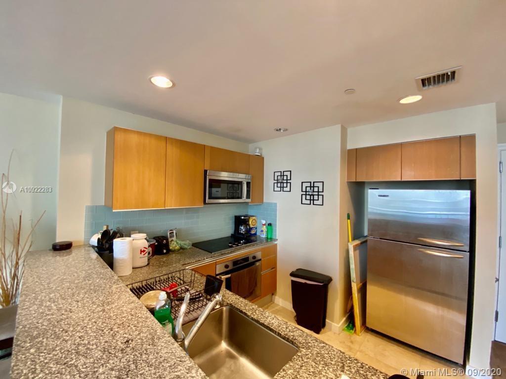 1060 Brickell East Tower #1812 - 1050 Brickell Ave #1812, Miami, FL 33131