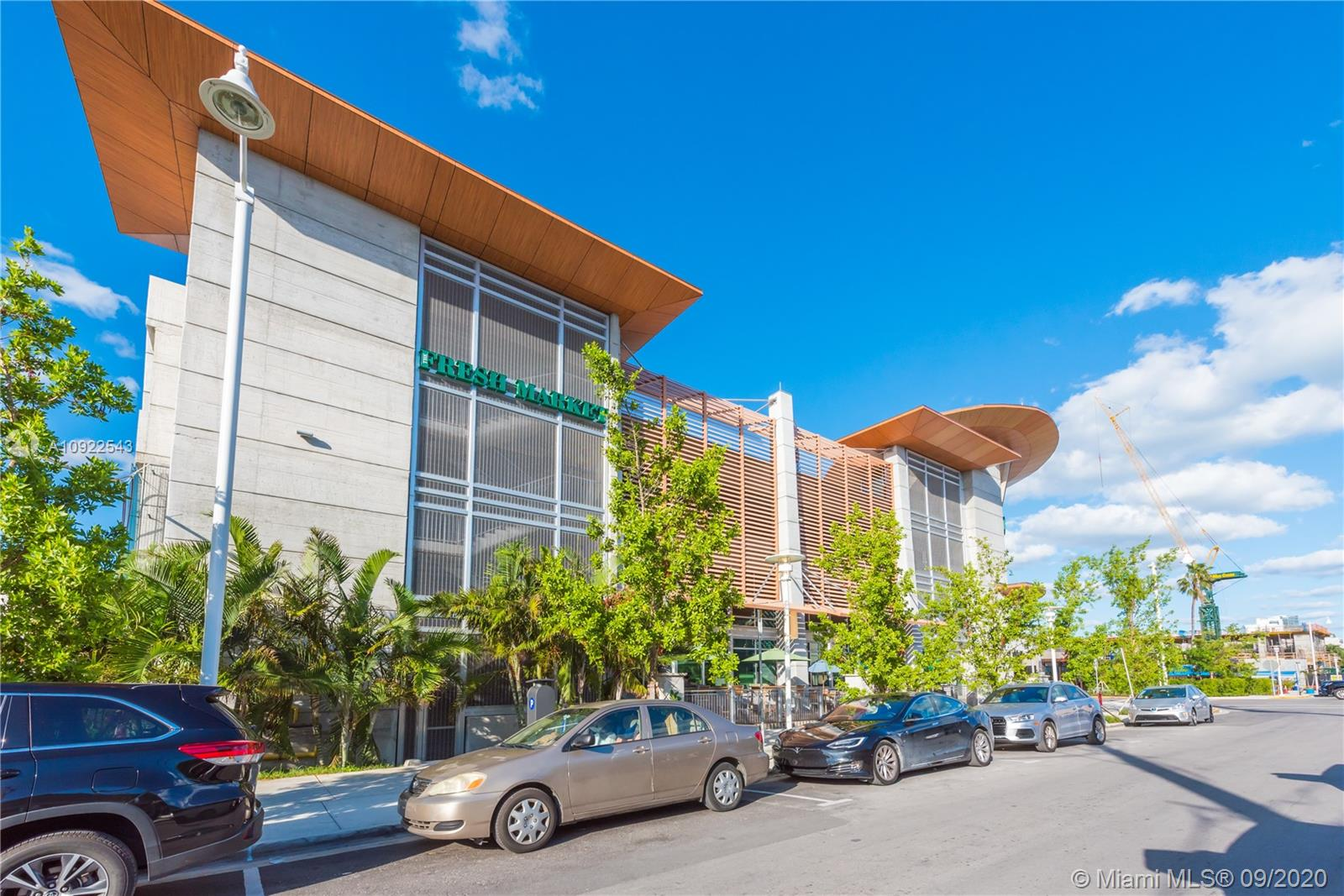 Photo of 1410 W 24th St # listing for Sale