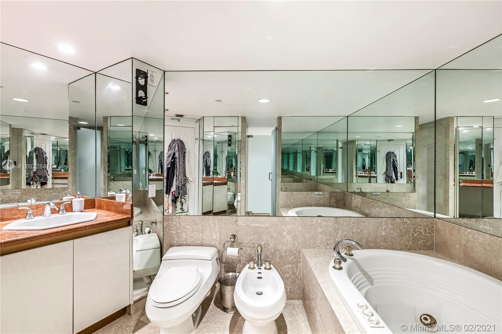 Photo of 2127 Brickell Ave #2502 listing for Sale