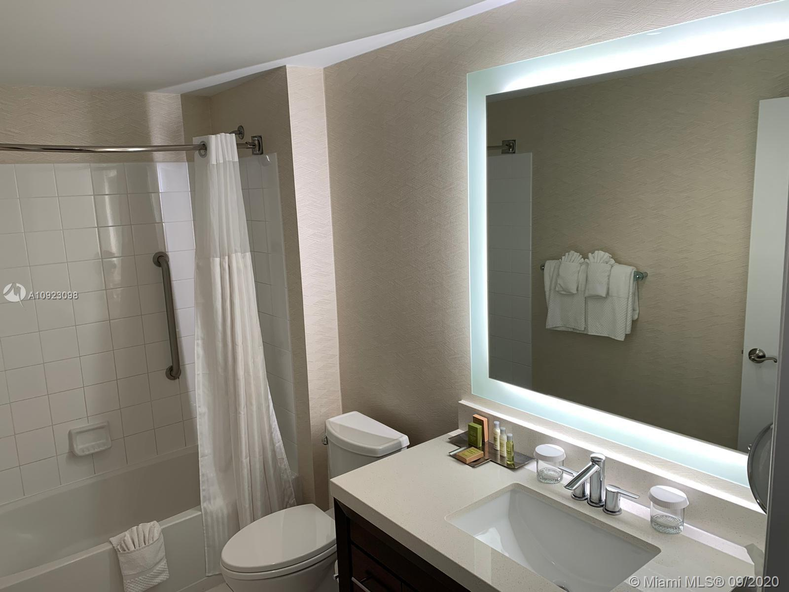 17375 Collins Ave #2408 photo013