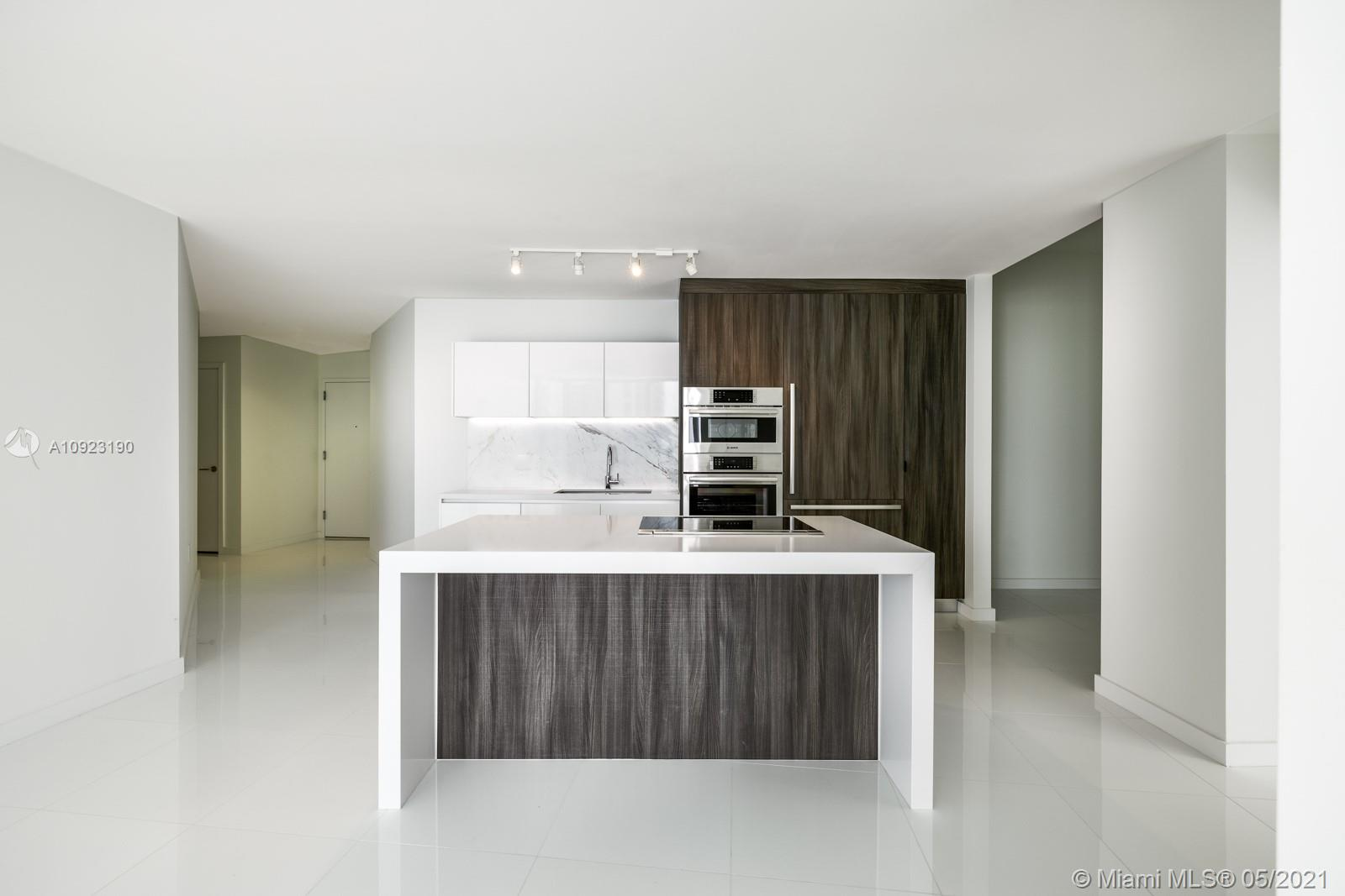 Photo of 851 NE 1st Ave #2303 listing for Sale