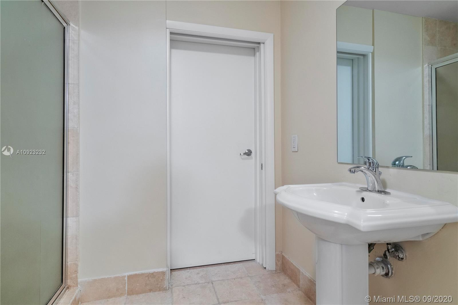 Photo of 18201 Collins Ave #1407 listing for Sale