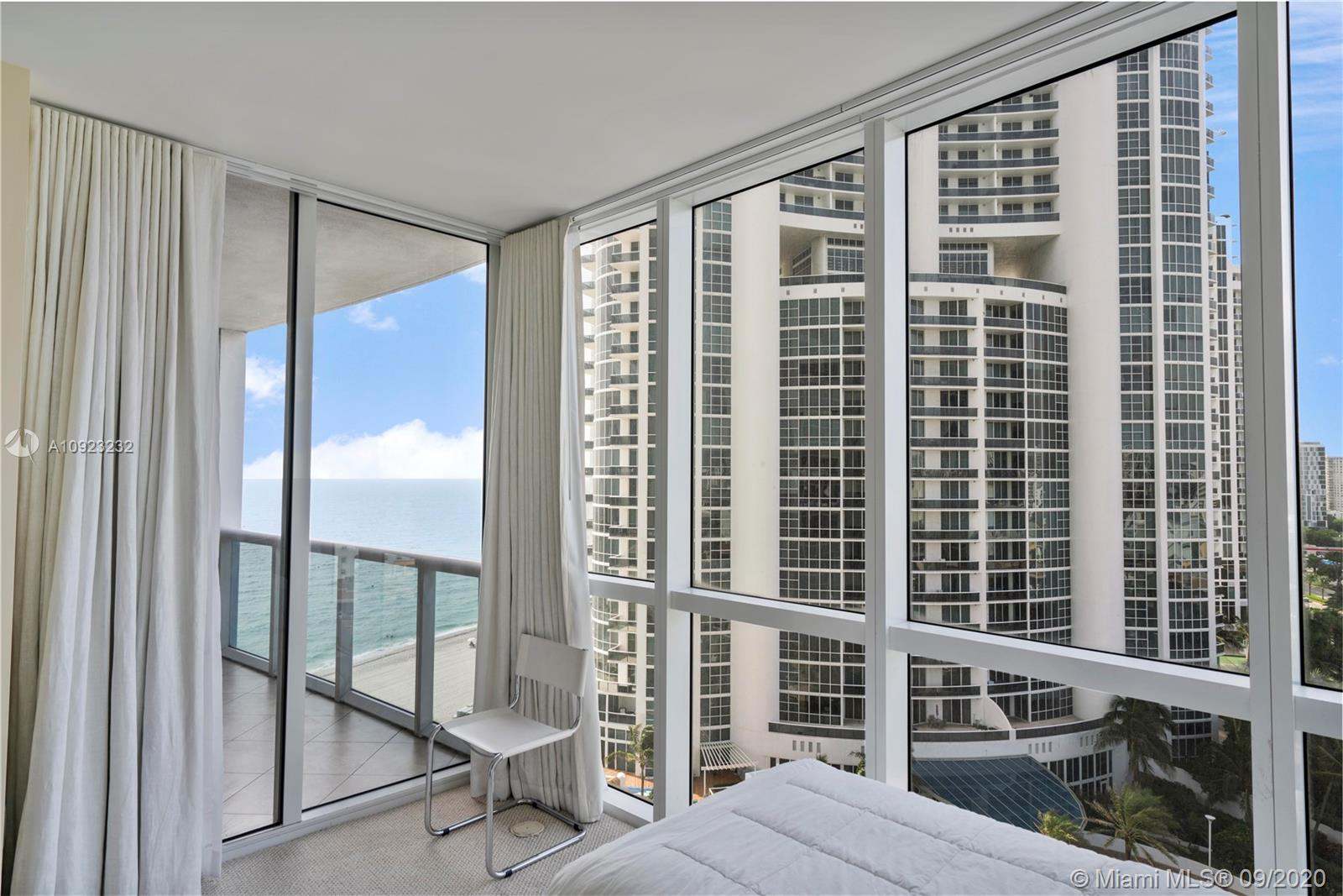 18201 Collins Ave #1407 photo015