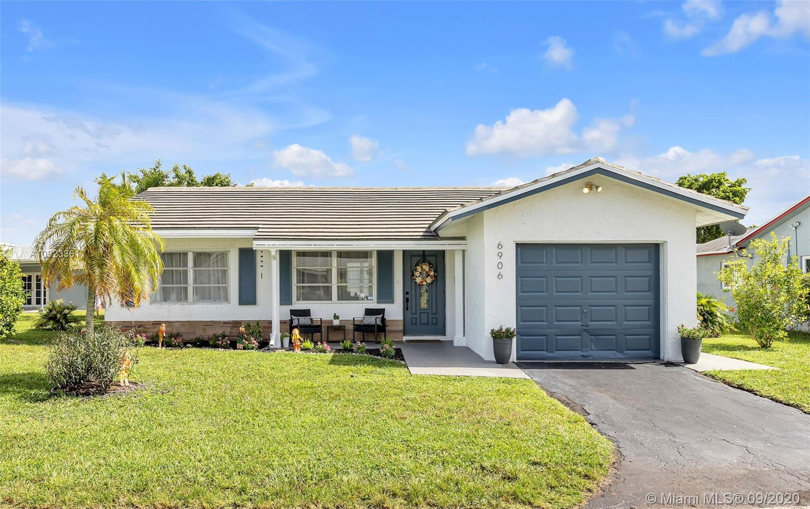 Property for sale at 6906 NW 76th Dr, Tamarac,  Florida 33321