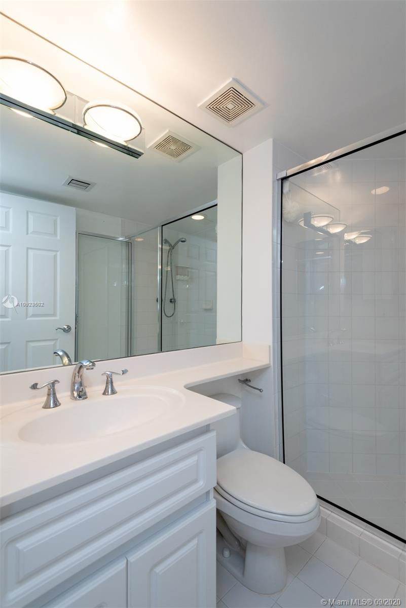 6301 Collins Ave #2206 photo023
