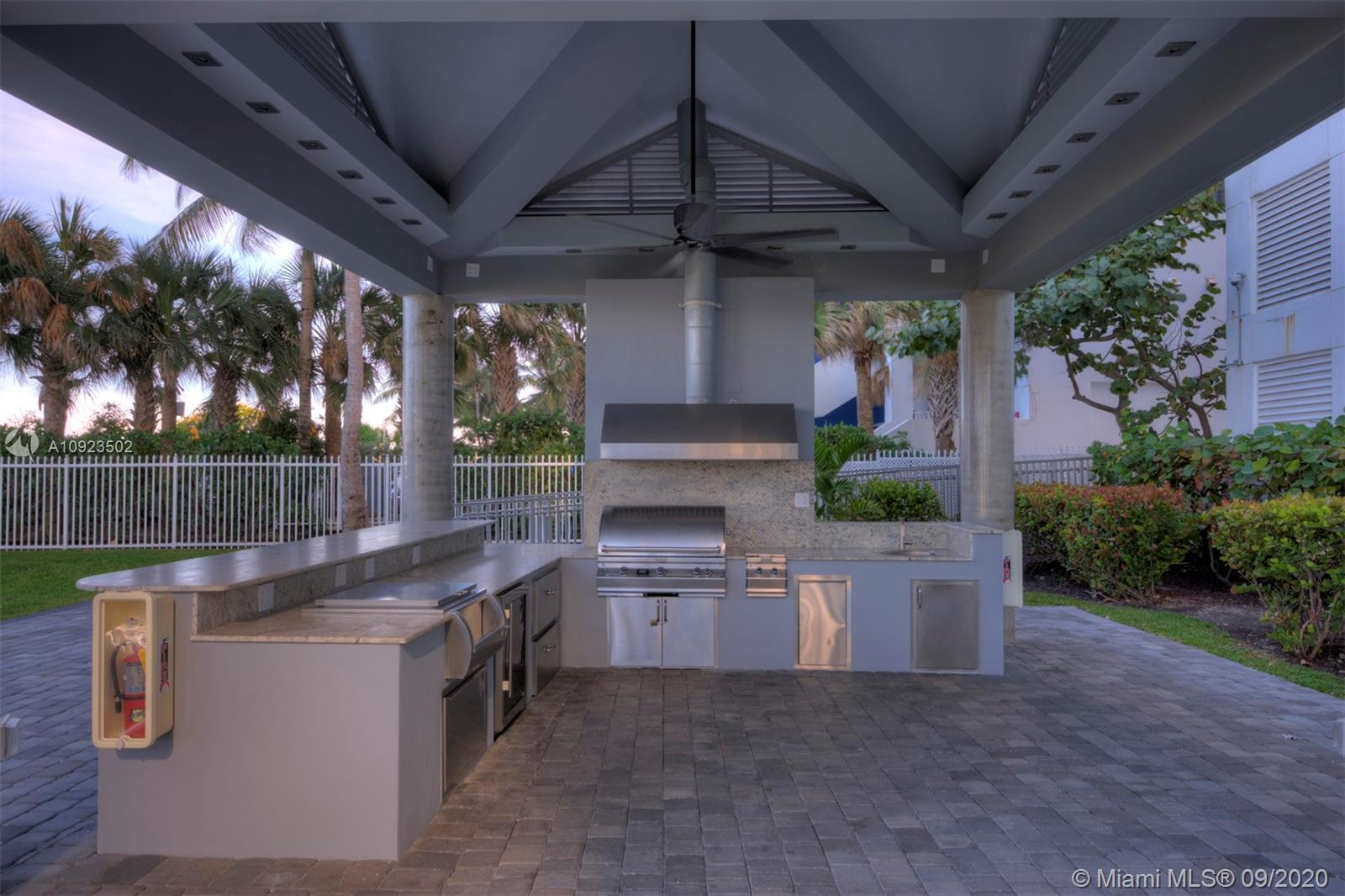 6301 Collins Ave #2206 photo032