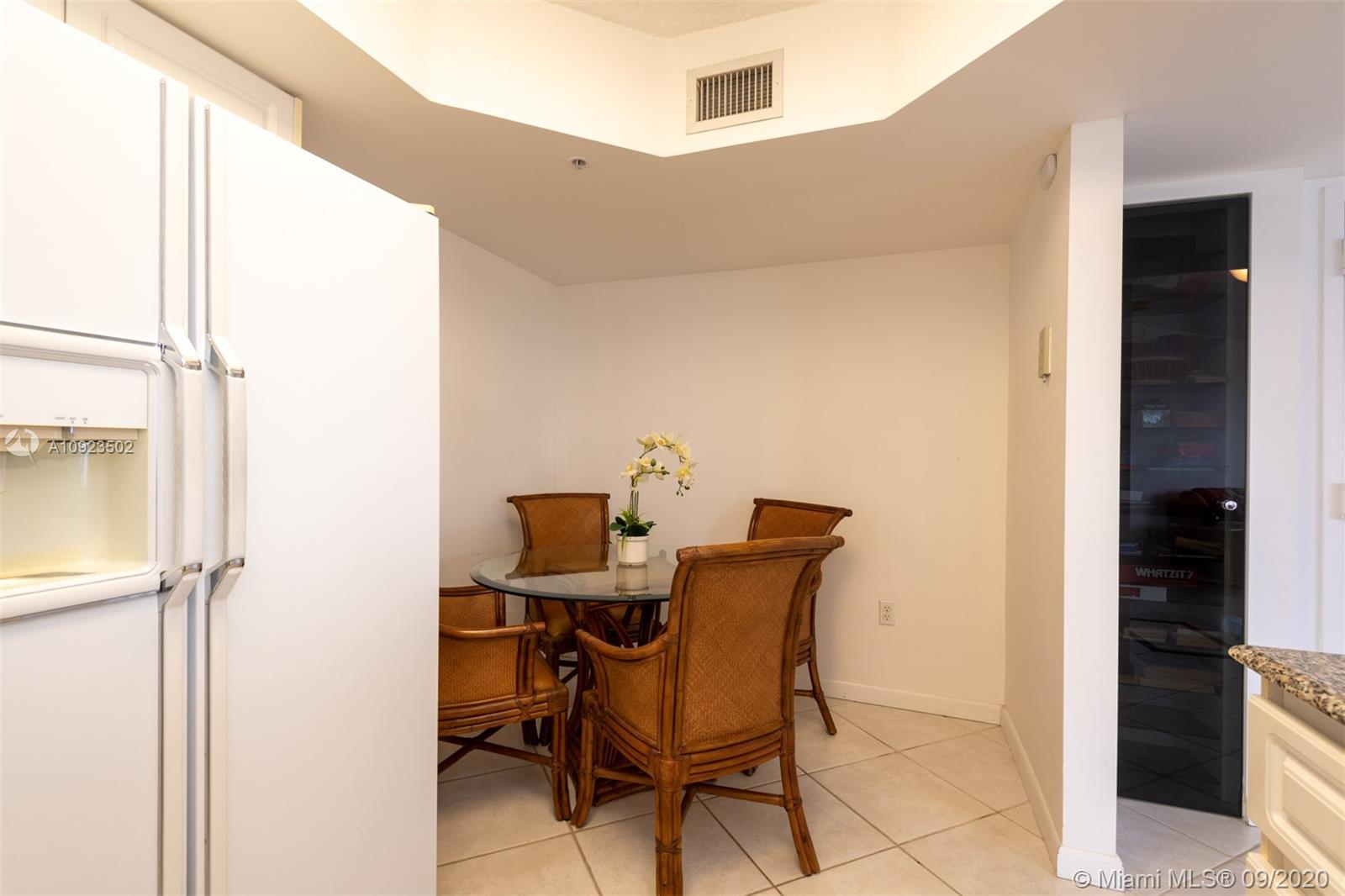 6301 Collins Ave #2206 photo014