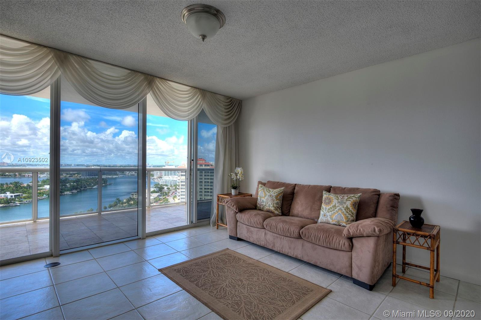 6301 Collins Ave #2206 photo04