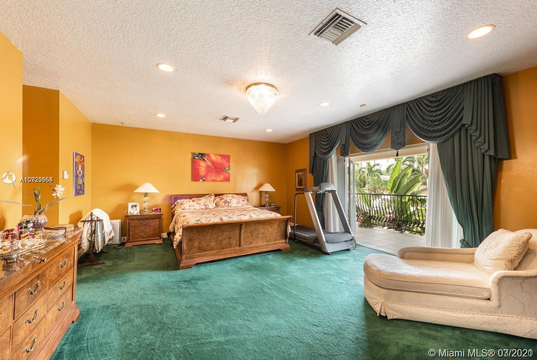 Grand master bedroom!