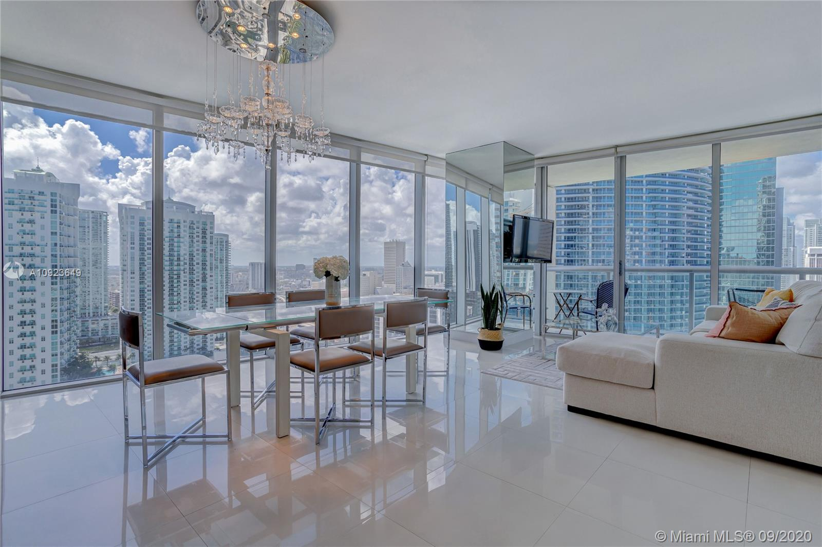 Icon Brickell 1 #3015 - 475 Brickell Ave #3015, Miami, FL 33131
