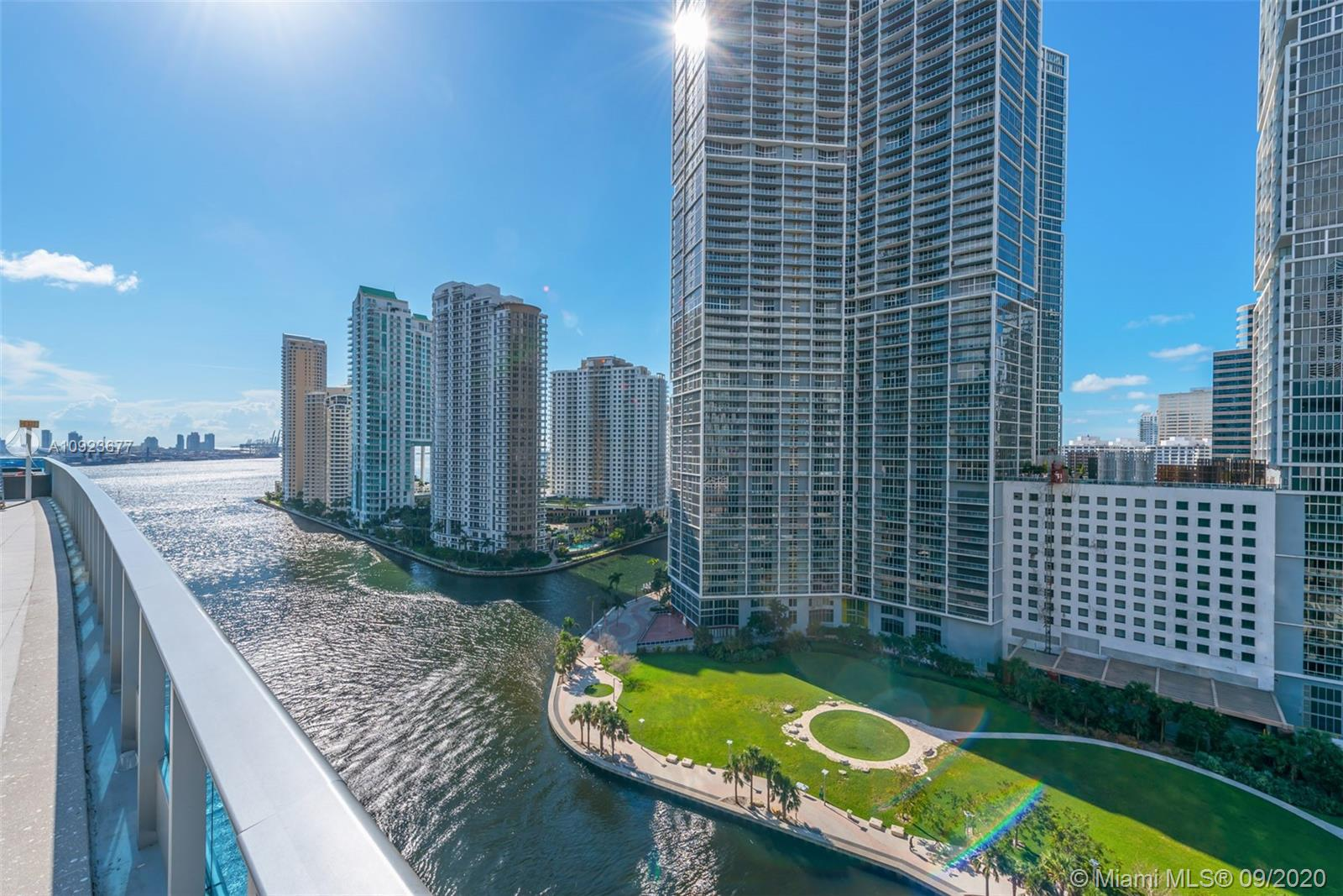 Photo of 200 Biscayne Boulevard Way #1405 listing for Sale