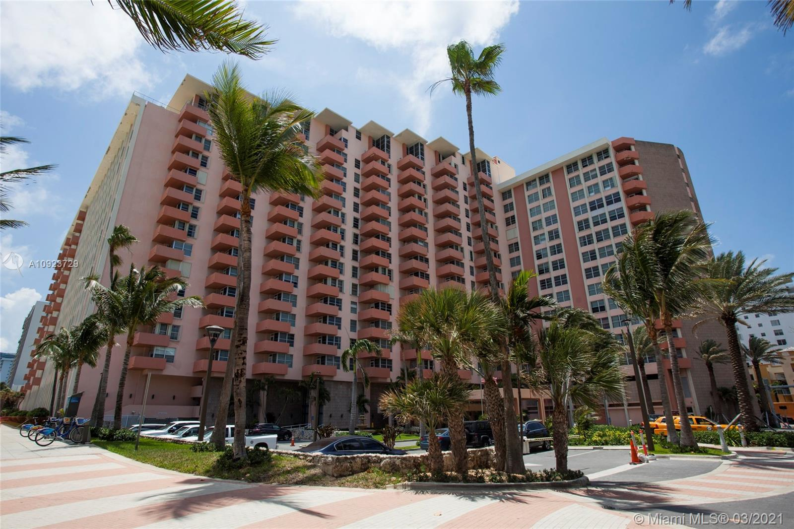 Triton Tower #535 - 2899 Collins Ave #535, Miami Beach, FL 33140