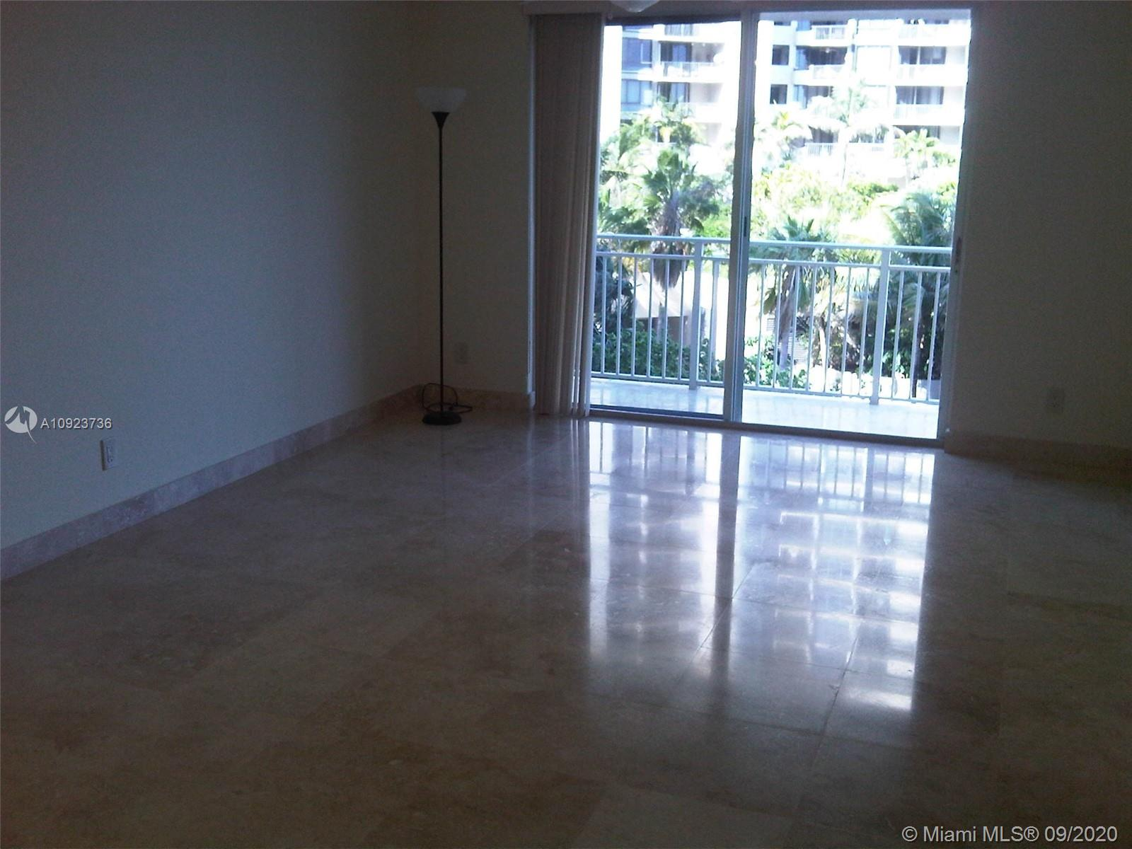 Isola #505 - 770 Claughton Island Dr #505, Miami, FL 33131