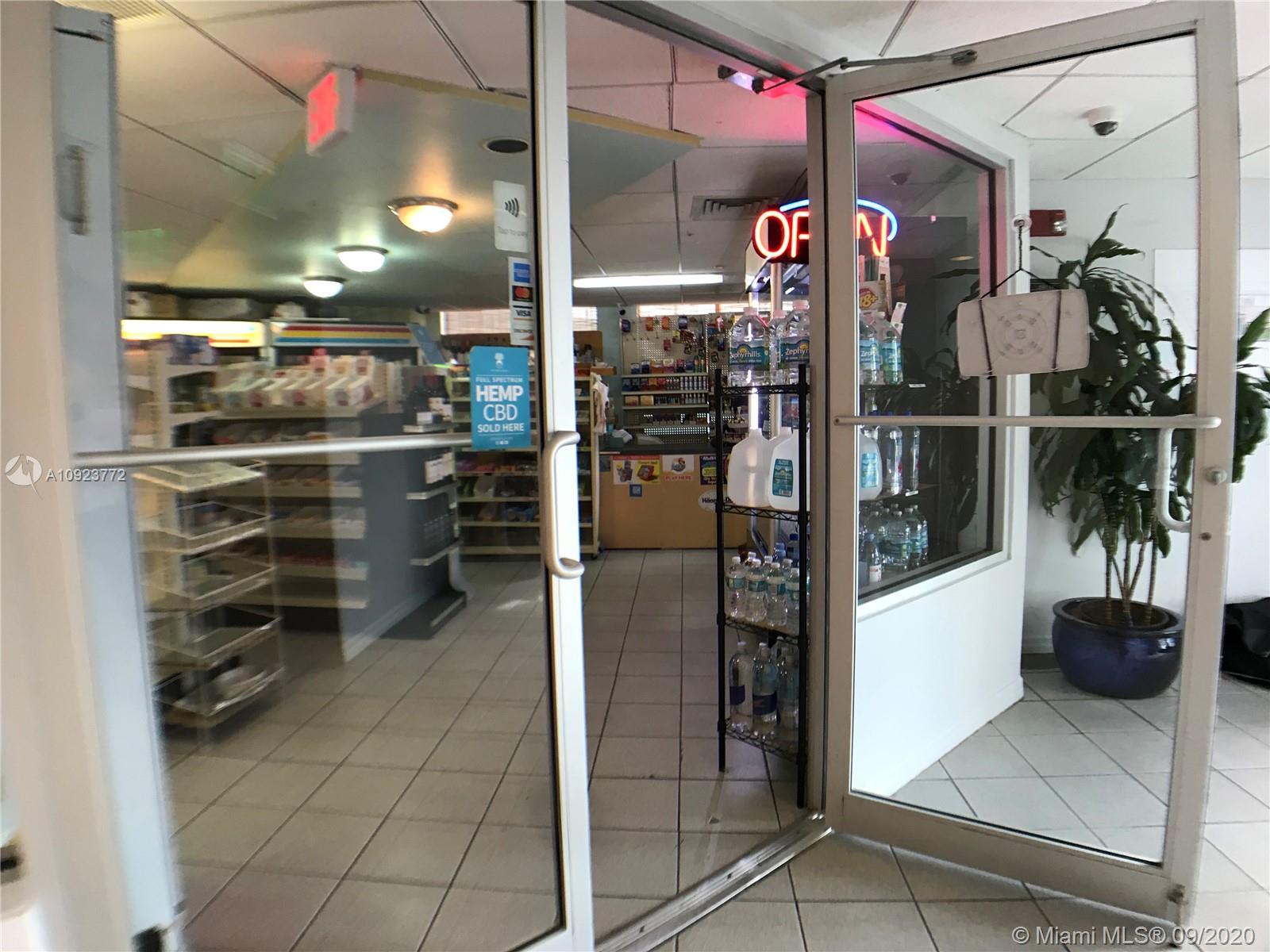 1330 West Ave #905 photo049