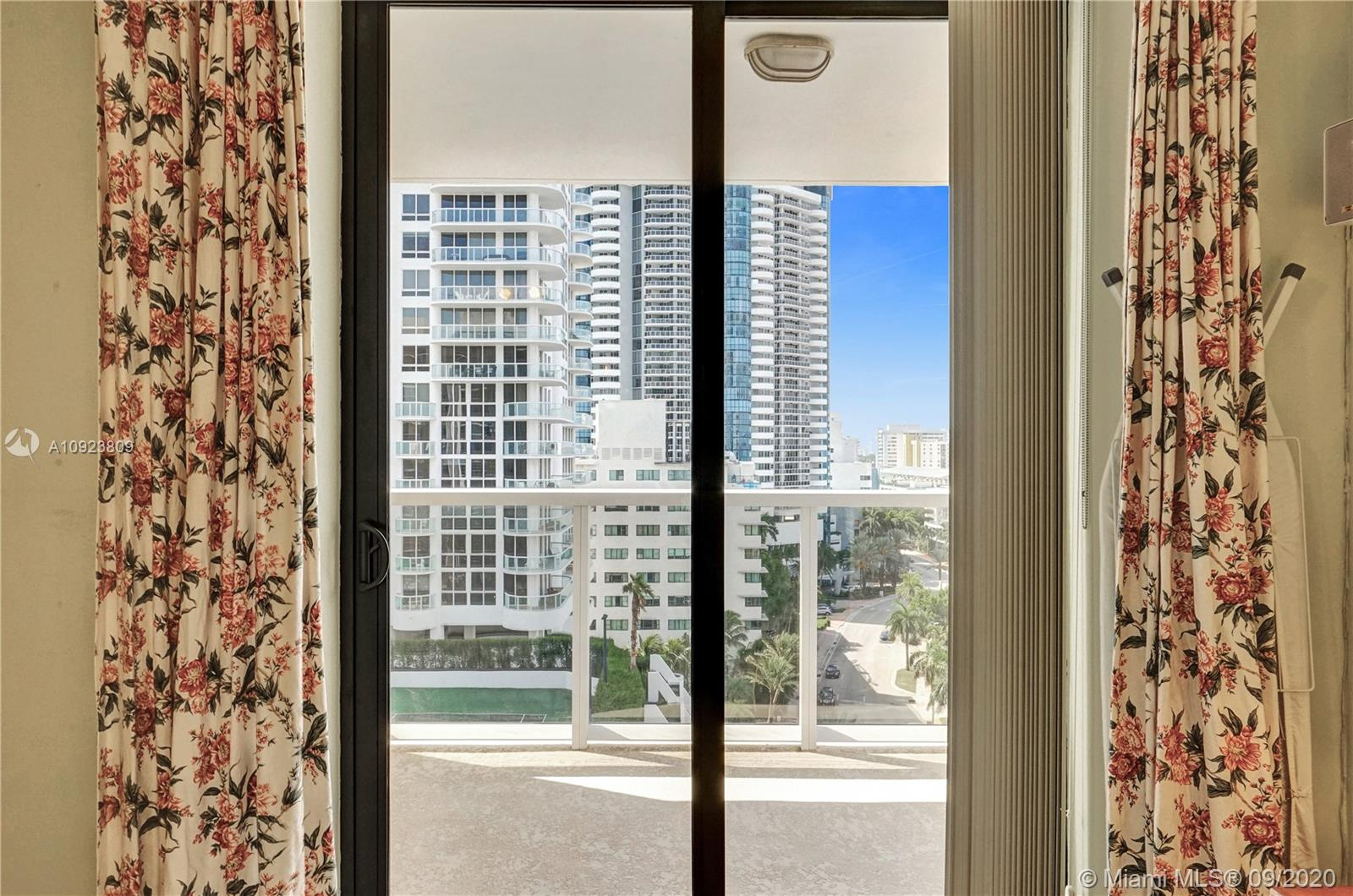 6423 Collins Ave #1201 photo023
