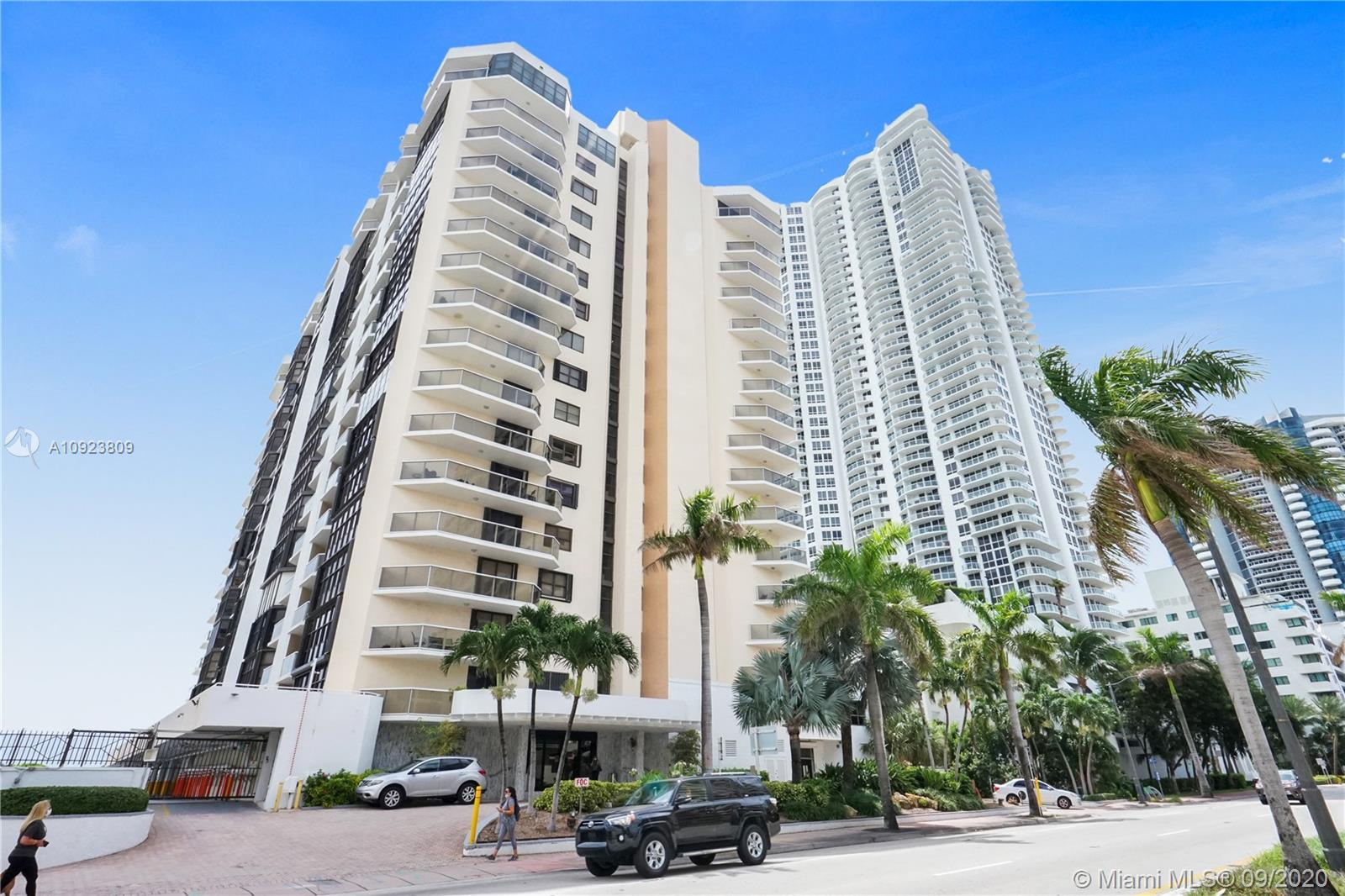 6423 Collins Ave #1201 photo063