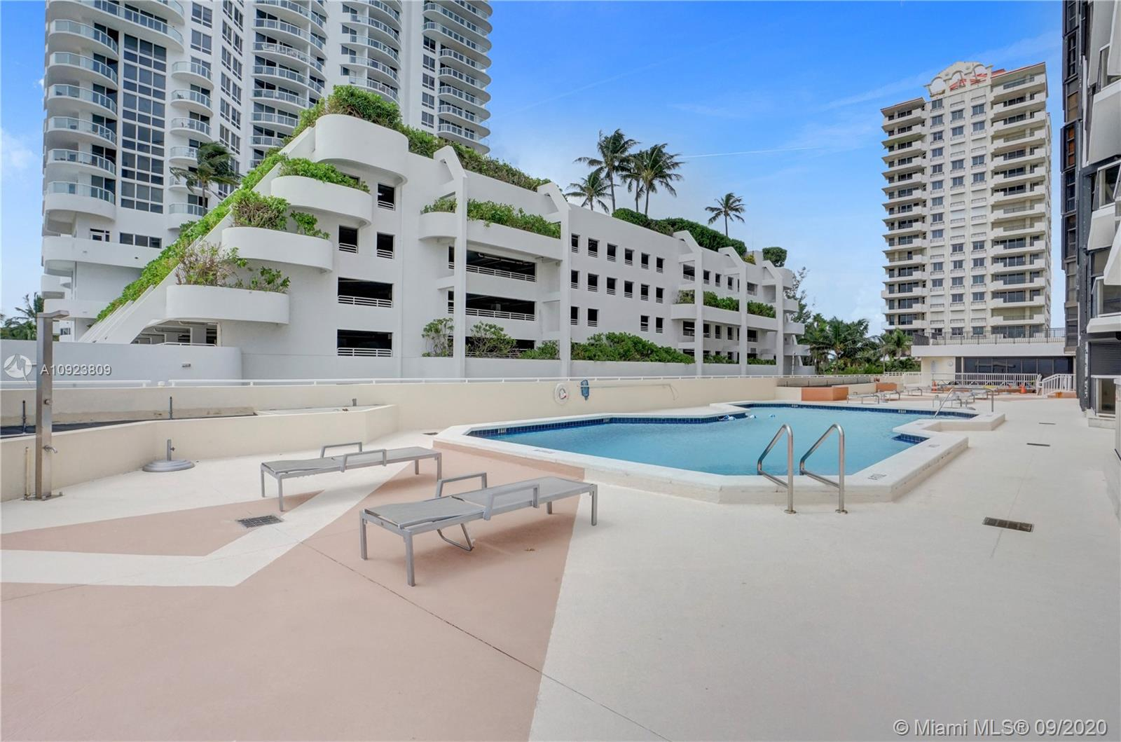 6423 Collins Ave #1201 photo049