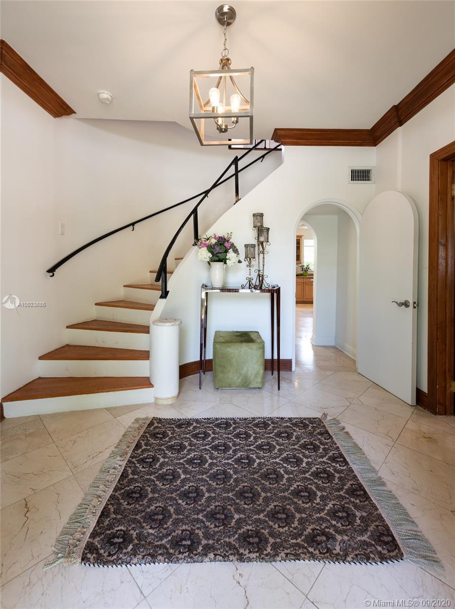 Elegant foyer entry