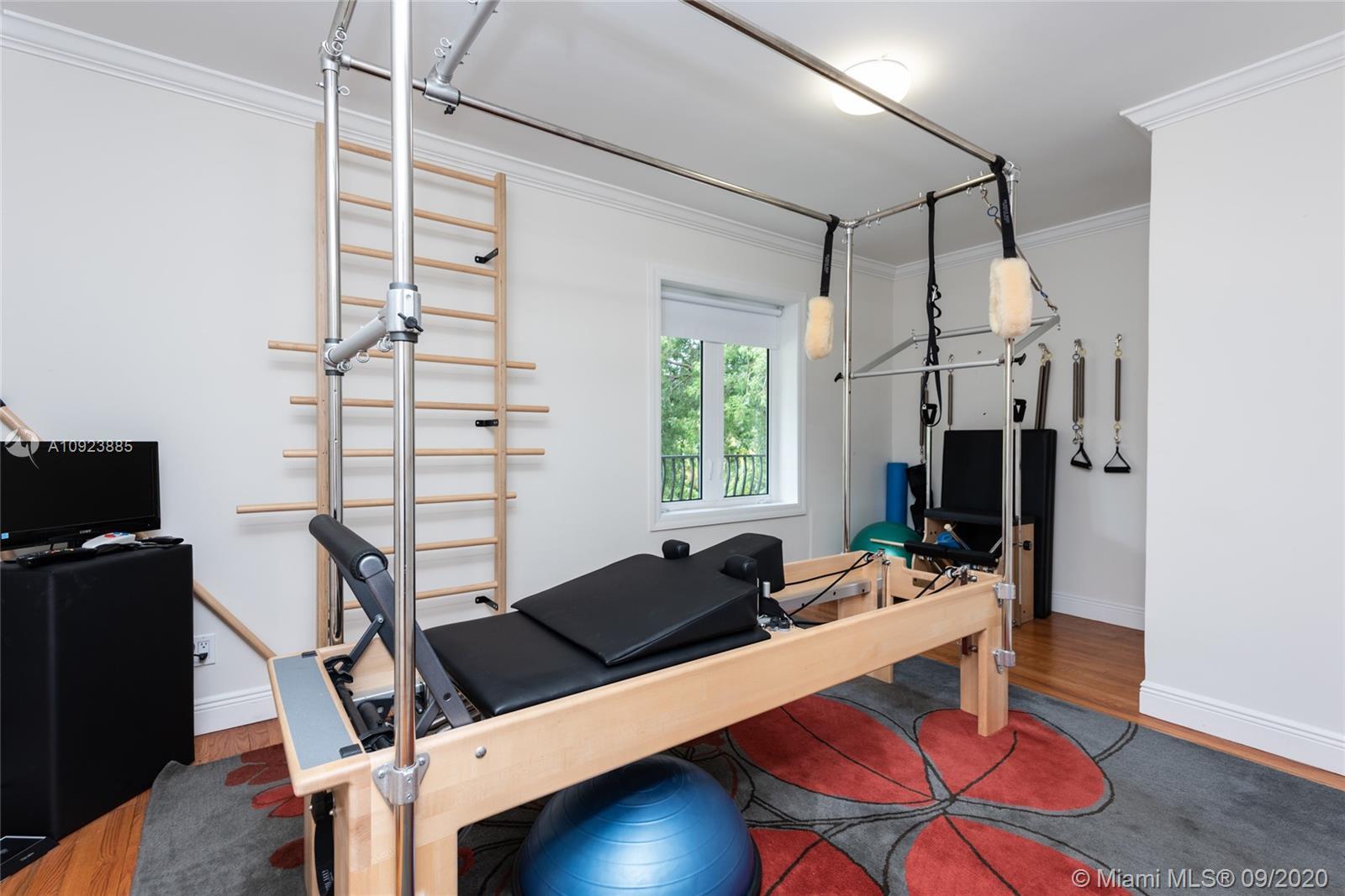 Guest Bedroom 4 / Gym