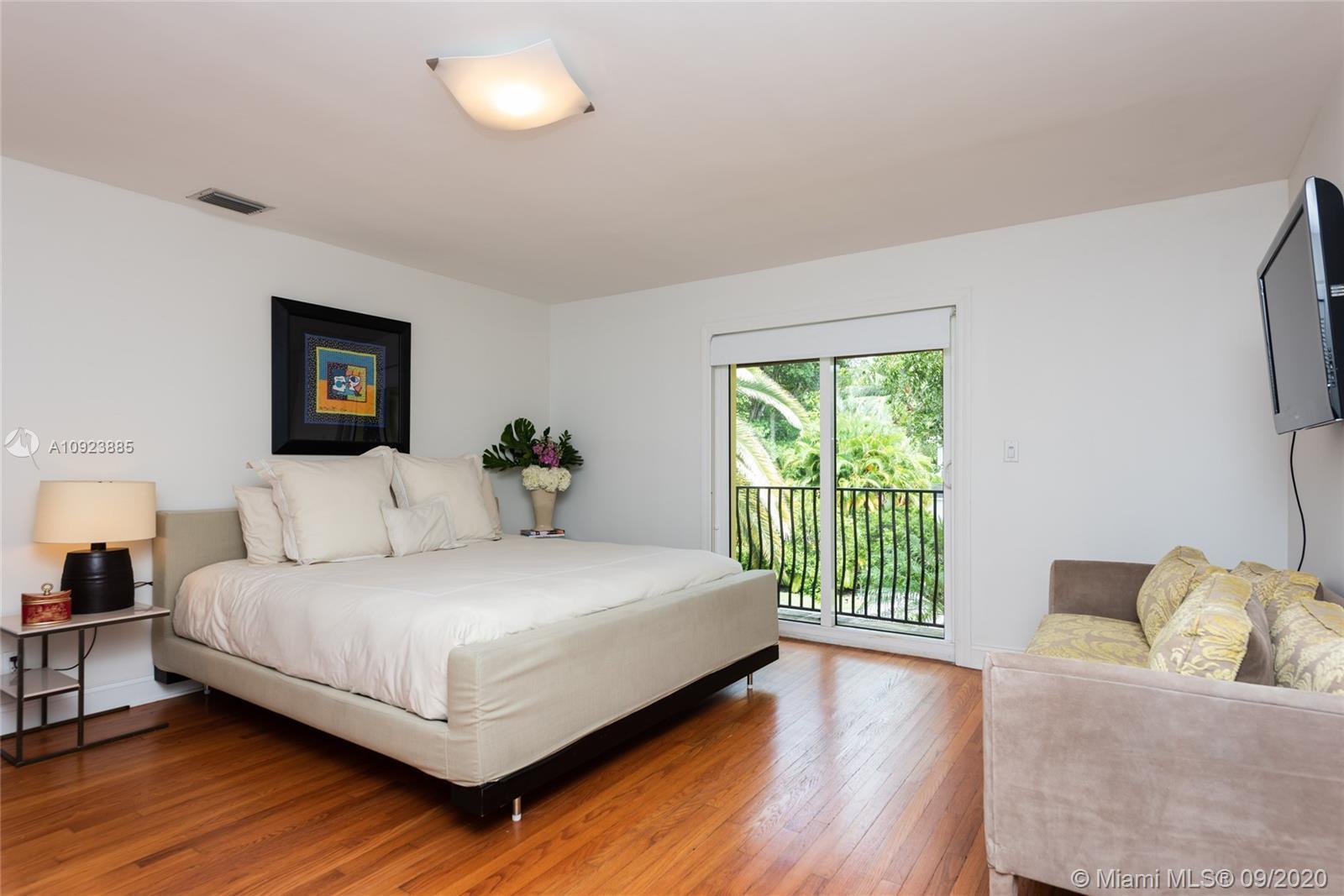 Guest Bedroom 2 with balcony and en-suite bathroom