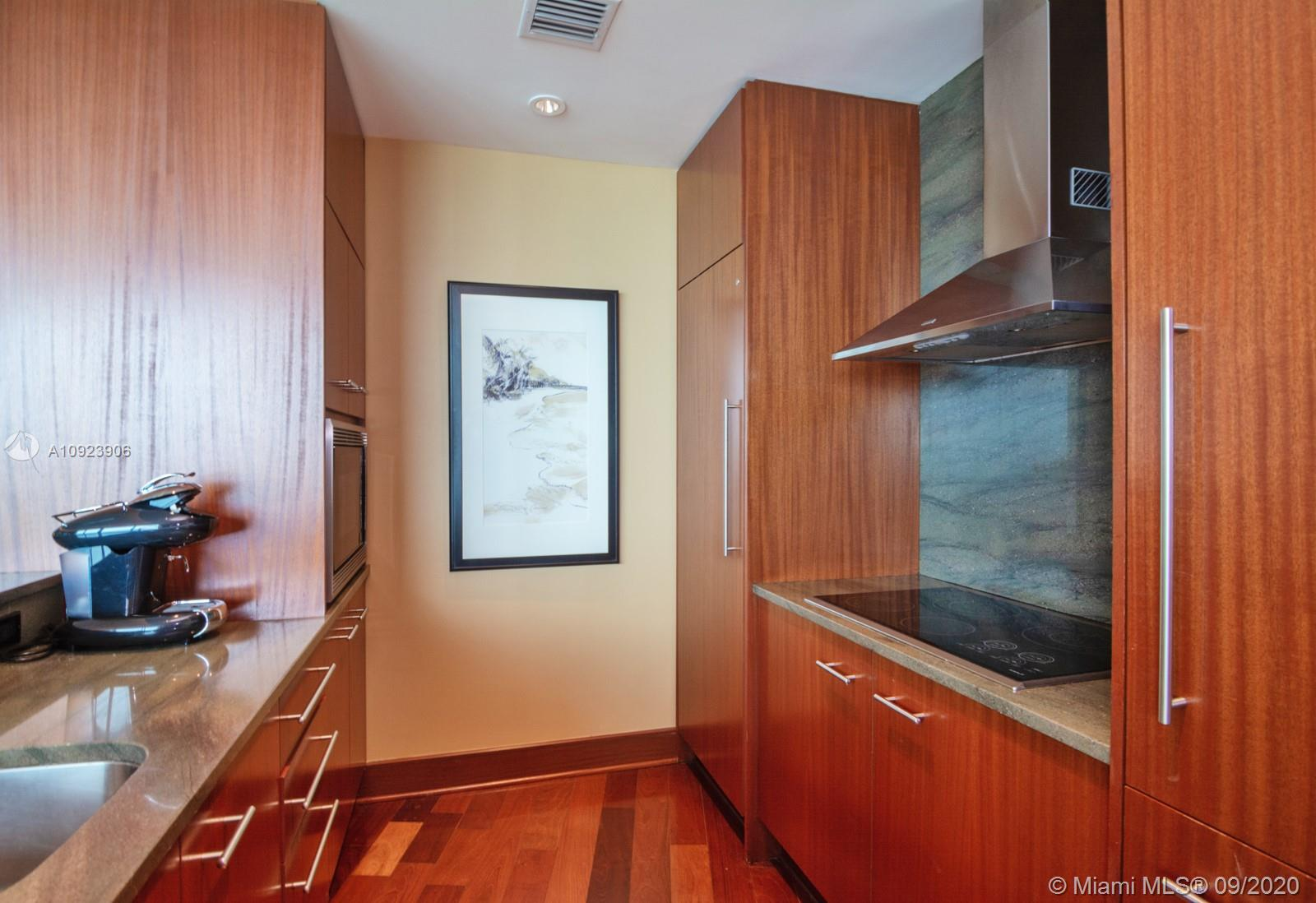 10295 Collins Ave #817 photo015