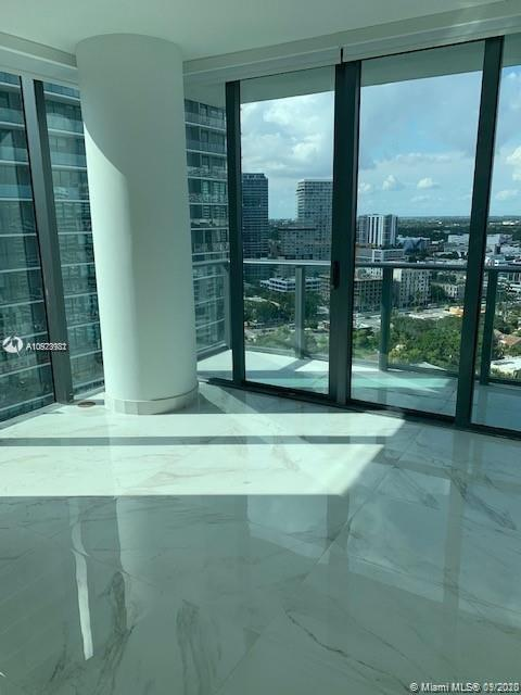 Photo of 650 NE 32nd St #2301 listing for Sale